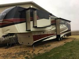 2014 Redwood RW38GK For Sale in Goose Lake, Iowa 52750 - $60,000.00