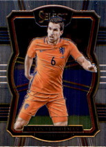 Kevin Strootman 2017-18 Panini Select Soccer Mezzanine Card #171 - $0.99