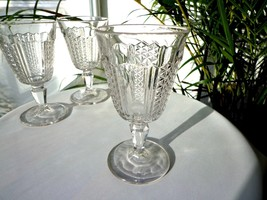 EAPG Shelby Pattern Clear Glass Goblet c1870 - $35.64