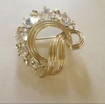 Vintage Lisner Brooch Pin - $14.68