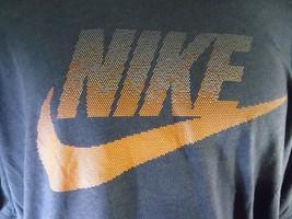 Nike a Macchie Futura T-Shirt NOVITÀ TAGLIA M Nuova con Etichetta Atletico Blu - $29.62