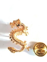 chinese style gold dragon Lapel Pin Badge / tie pin. in gift box very detailed