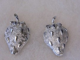 Vintage Silver Tone Strawberry Clip On Earrings Costume Fashion Earrings... - $10.66