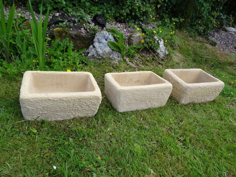 3 Vintage Stone Italian Style Primitive Garden Balcony Pot Planter Water Feature