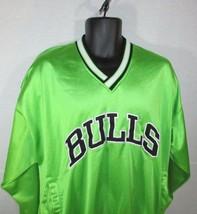 Starter Chicago Bulls Pullover Jacket Size Medium Mens Green Vintage Coat - $18.39