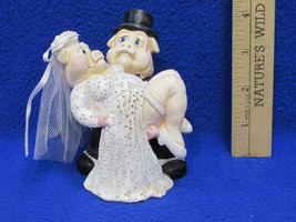 Bride & Groom Pig Figurine Resin Pigs Just Marr... - $11.87
