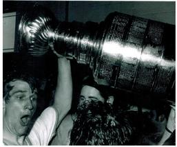 Bobby Orr Stanley Cup Boston Bruins PF Vintage 5X7 BW Hockey Memorabilia... - $3.95