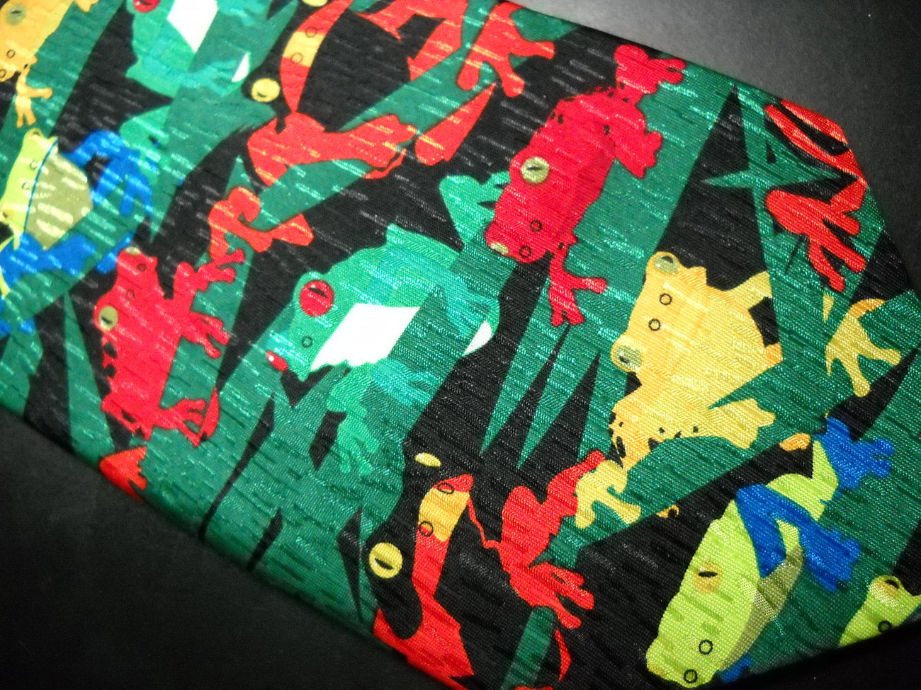 Ralph Marlin Neck Tie Frogs 1999 Brightly Colored Red Yellow Blue Frogs On Black