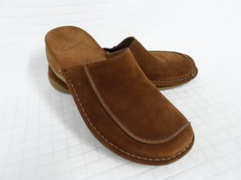 VGUC Women's CLARKS Slip On Brown Suede Leather 7.5 Mules - $34.60
