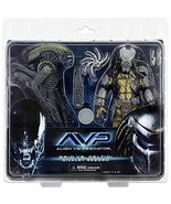 NECA Aliens vs. Predator AvP Celtic Predator & Battle Damaged Grid A... - $153.44