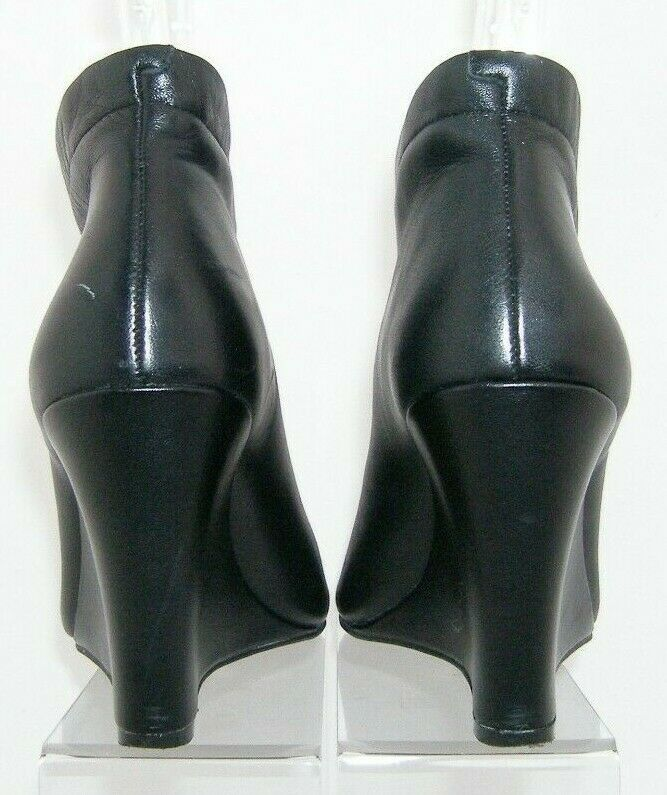 Jessica Simpson 'Mayson' black leather round peep toe shootie wedges 7M