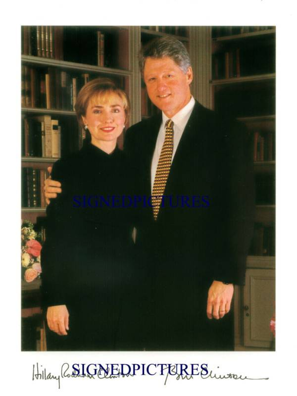 US PRESIDENT BILL AND HILLARY CLINTON AUTOGRAPHED 8x10 RP PUBLICITY PHOTO
