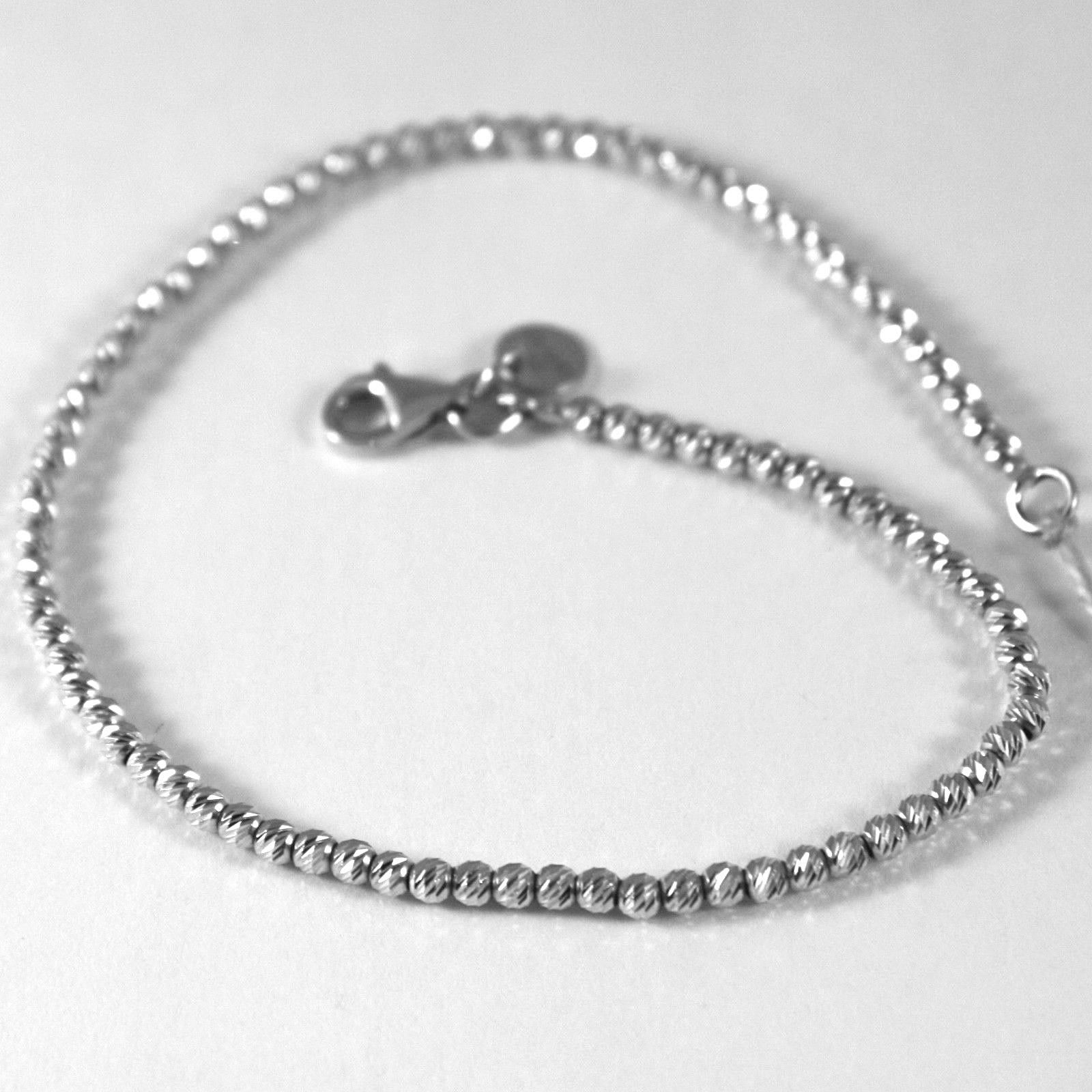 18K WHITE GOLD BRACELET WITH FINELY WORKED SPHERES, 1.5 MM DIAMOND CUT BALLS