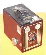 Vintage Kodak Brownie Target Six-20 Box Camera - $30.00