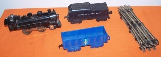 Trains 1windupengine2car
