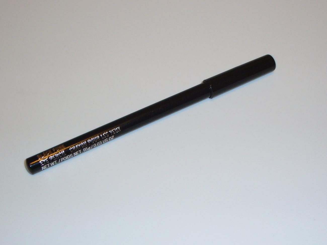 MAC Cosmetics Soft Sparkle Eye Liner Pencil Black Funk - $13.99