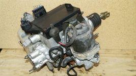 03-06 Mitsubishi Montero Limited Abs Brake Pump Assembly MR527590 MR569729 image 11