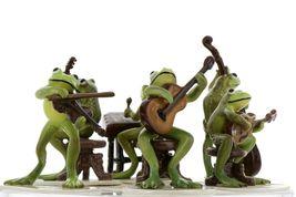 Hagen Renaker Froggy Mountain Breakdown Complete Bluegrass Frog Band 6 Piece Set image 7