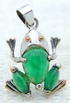 VTG 18k Gold Plated Green Jade? Agate? Frog Necklace Pendant - $74.25