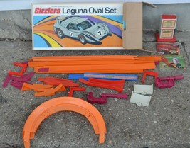 HOT WHEELS SIZZLERS LAGUNA OVAL RACE TRACK SET AND DRAG RACE SET MATTEL ... - $112.19
