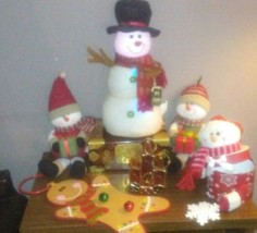 7 piece Christmas Decoration lot - $23.22