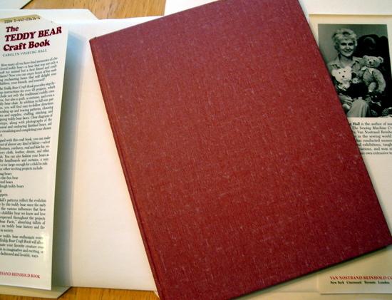 The Teddy Bear Craft Book by Carolyn V Hall 1983 VG Plus with DJ