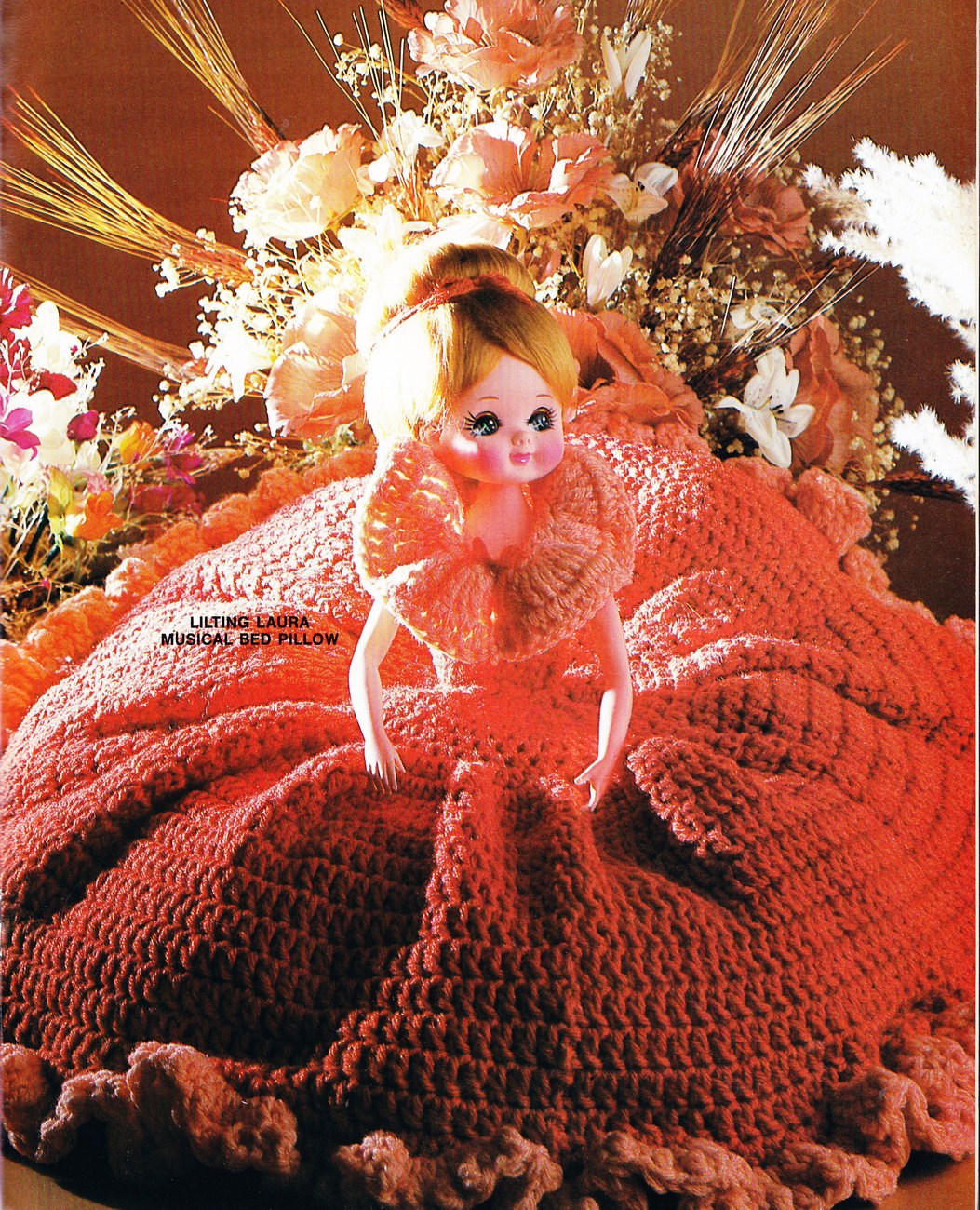 Primary image for CROCHET COLLECTION PRETTY PLAYTHINGS DOLLS & TOYS