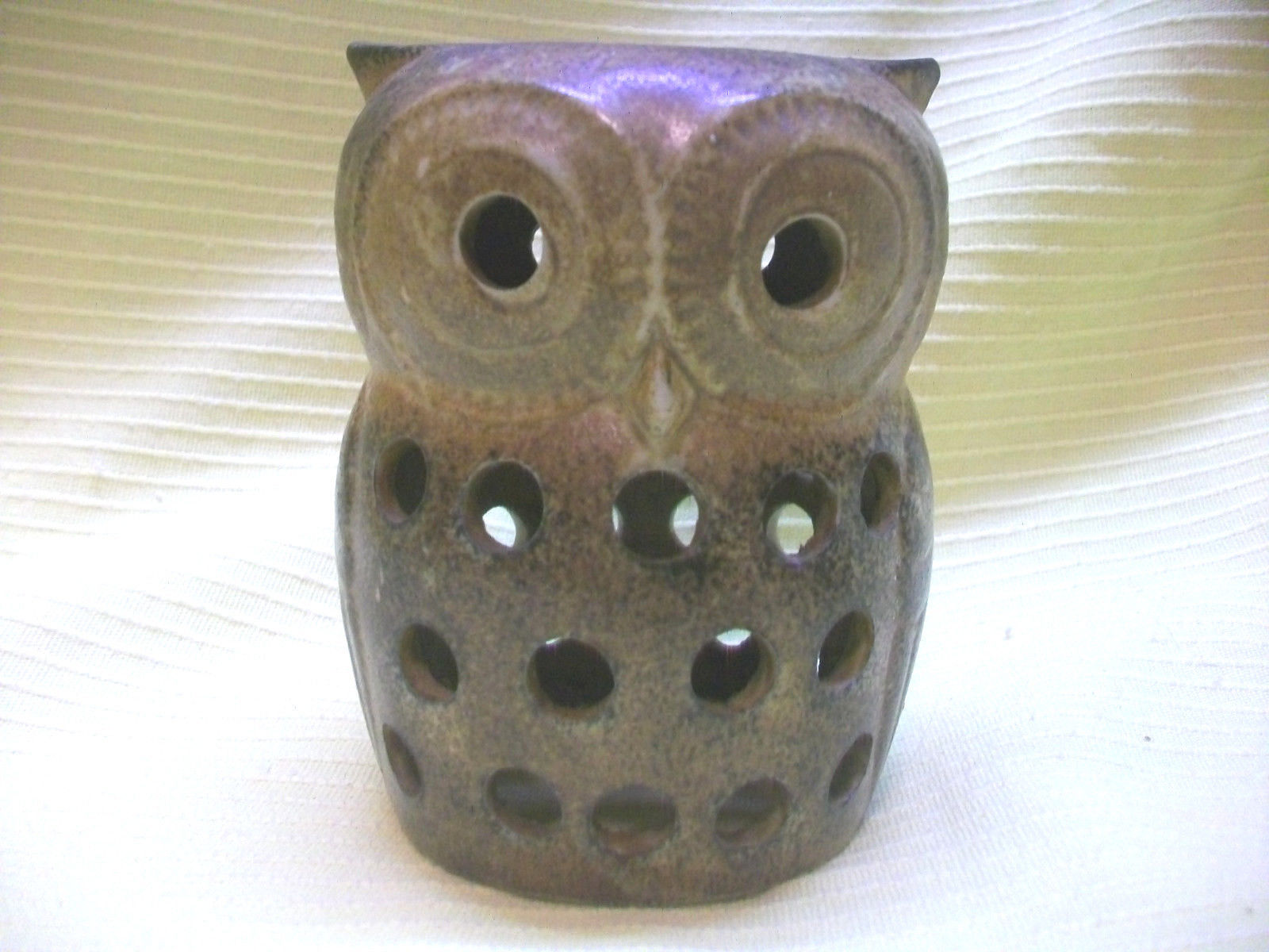 POTTERY OWL CANDLEHOLDER ON TRAY PLATE W TEALITE CANDLES BIRD ANIMAL COLLECTIBLE