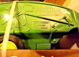 John Deere Collector's Edition 1940 12A CombineAA18-JD0007 image 9