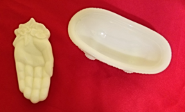 Vintage Avon Milk Glass Hand & Bathtub Soap Dishes - $13.50