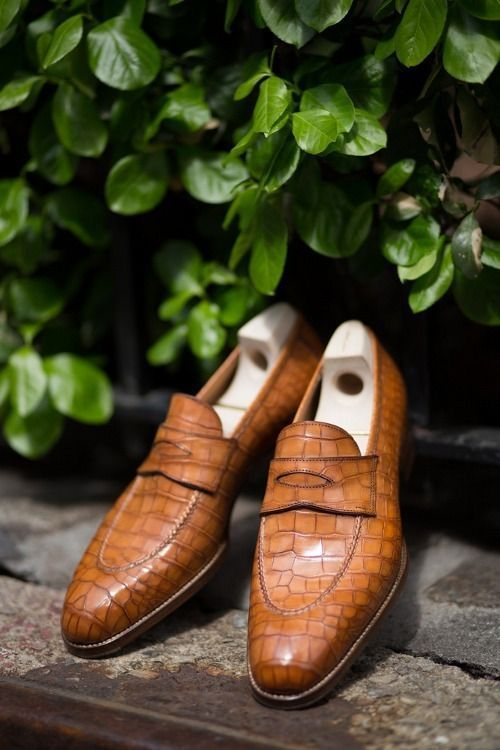 Handmade Men's Brown Crocodile Texture Slip Ons Loafer Shoes