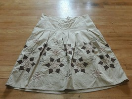 ANN TAYLOR LOFT Lined Cotton Beige SKIRT Size 8 With embroidered Design - $18.50