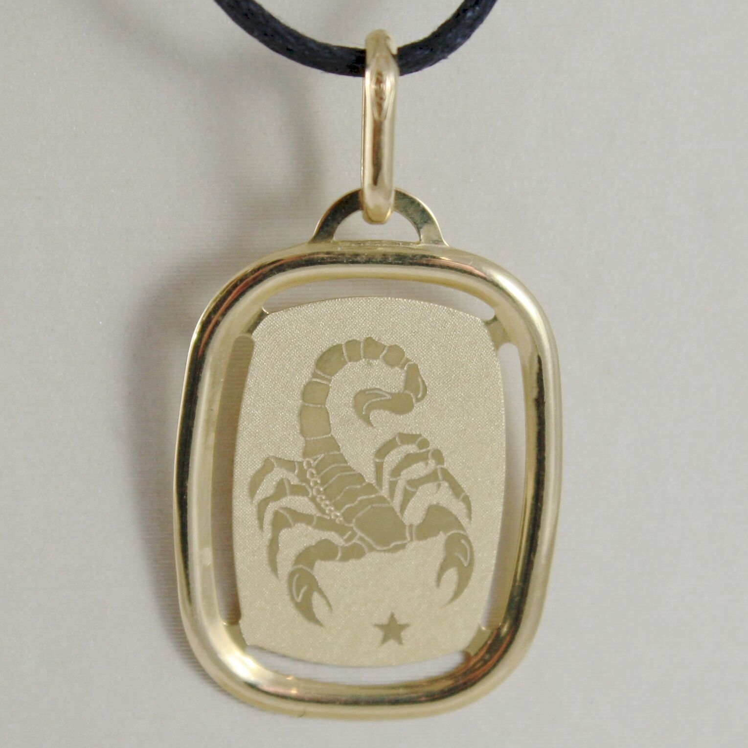 SOLID 18K YELLOW GOLD SCORPIO ZODIAC SIGN MEDAL PENDANT, ZODIACAL, MADE IN ITALY