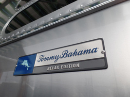 2017 Airstream Tommy Bahama For Sale in Macon, Georgia 31220  image 3