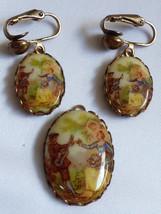 VTG Lot of  2 Gold tone metal Oval Romantic Scene Pendant & Clip earring... - $29.70