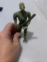 1996 gallob toys men in black Alien attack Edgar Figure  Zombie Shotgun Loose - $4.85