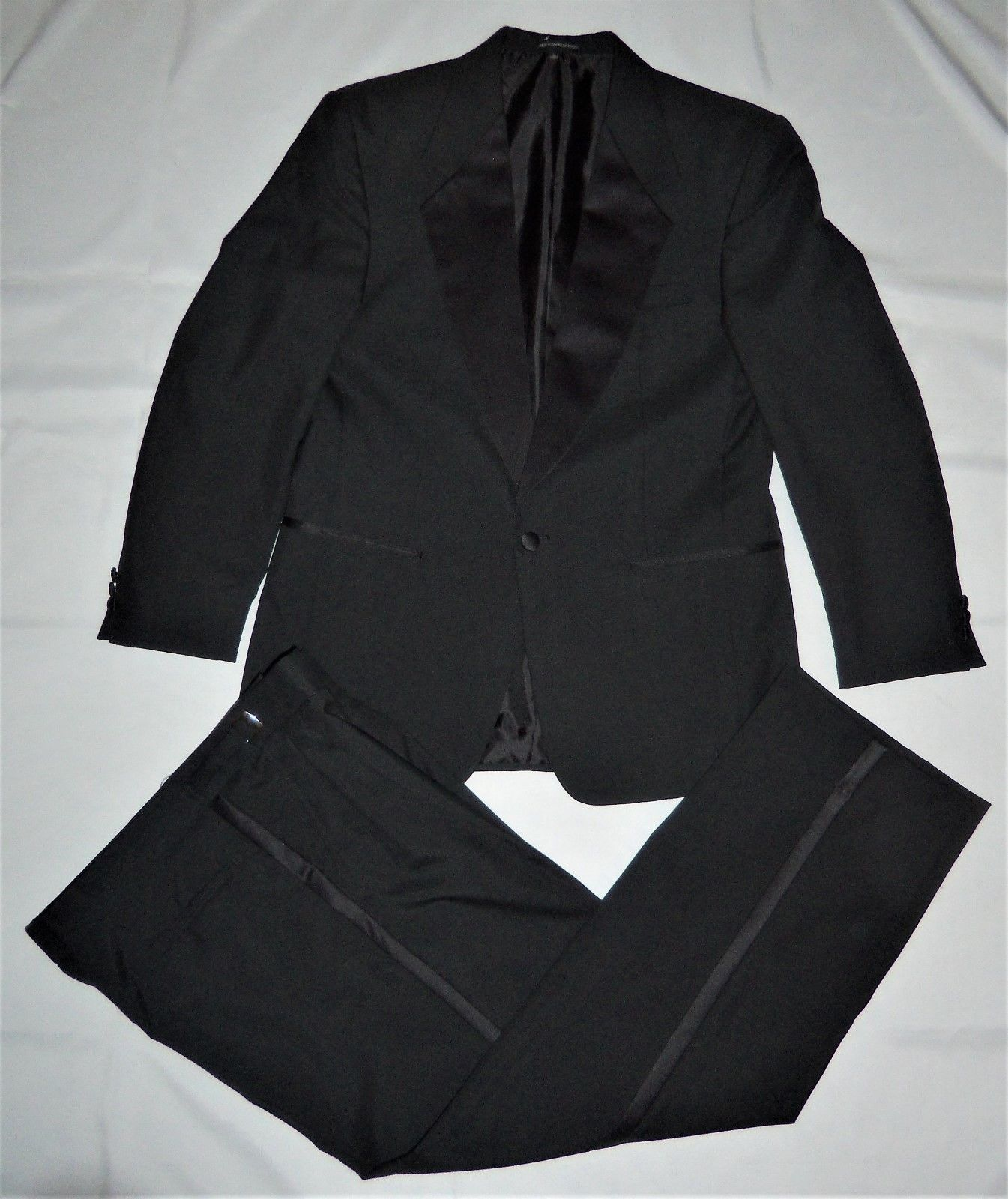 Primary image for Neilallyn Formal Tuxedo Suit 40R Jacket & Pants 33 34 35 Reg Adjustable Waist
