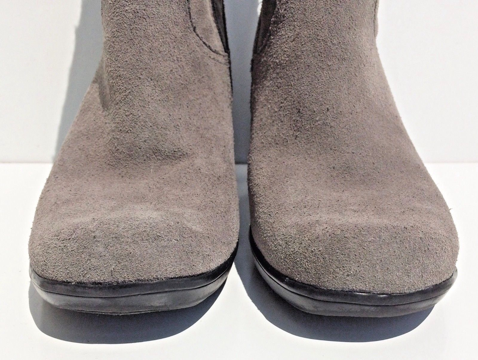 Clarks Bendables boots women size 6M gray suede leather faux fur mid calf 39387