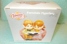 Artmark Porcelain Figurine - Girl & Boy Reading Book #53638B UPC:0502625... - $14.85