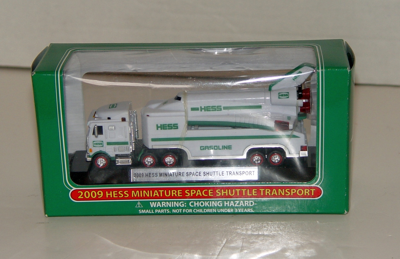 2009 Hess Miniature Space Shuttle Transporter and Shuttle  NIB
