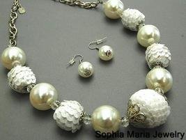 White Pearl Sequin Ice NECKLACE SET COSTUME JEWELRY - $16.83