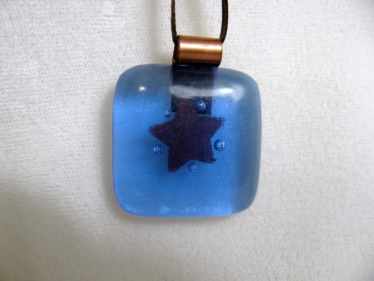 Blue Star Glass Pendant with Tiny Bubbles RKS336