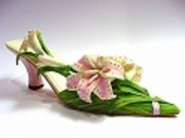 Lavish lilies bc thumb200