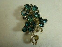 """Vintage Brooch Pin Weiss Co - 2.5"""" - $24.74"""