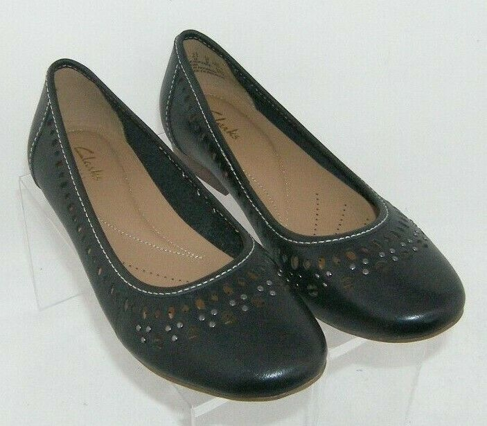 Primary image for Clarks Artisan 'Lockney Hot' black leather round toe studded cut out flats 6.5M