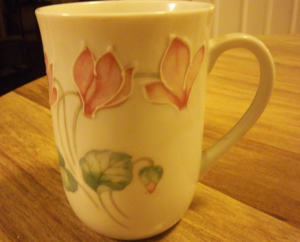 Otagiri Japan White Ceramic Pink Cyclamin Floral Cup Coffee Mug, PRETTY!