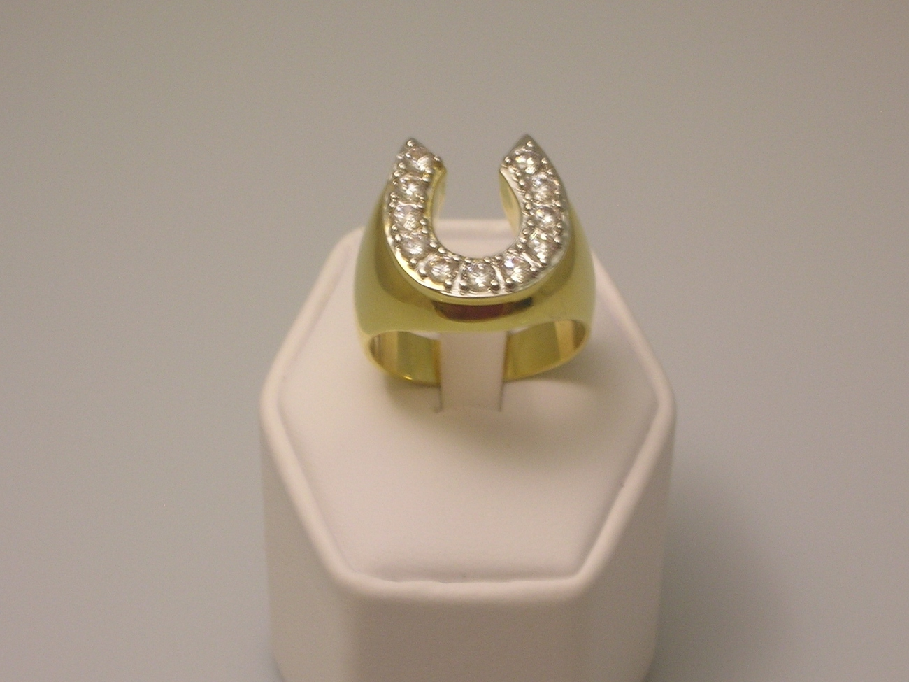 Horseshoe cubic zirconia gold mens ring  1