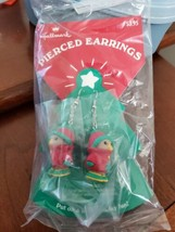 Vintage Hallmark Christmas Winter Bird Dangle Earrings NOS HTF - $11.83