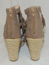 BF Betani Shiloh 8 Stone Fringe Wedge Heel Sandals Size 7 And Half image 5