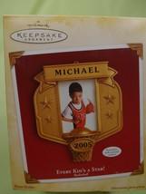 "Hallmark ""Every Kid's A Star"" Christmas Ornament 2005 ""Basketball"" Photo... - $5.93"